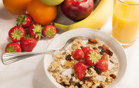 Eat breakfast to improve blood glucose readings